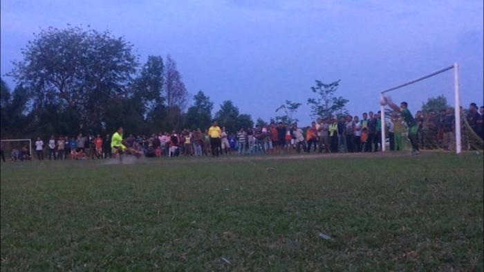 Hari ini Dumai FC dan Allstar FC Tampil di Partai Final Dumai Soccer Cup  | Pengrajin-Batu-Bata-Merah