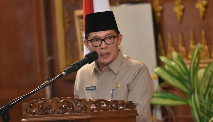 Walikota Dumai Resmi Ditetapkan Tersangka Oleh KPK | KPK,Wali-Kota-Dumai,Korupsi-Dana-DAK