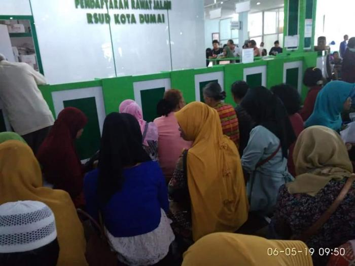 Ratusan Peserta BPJS Tak Dapat Pelayanan di RSUD Dumai | BPJS-Kesehatan,RSUD-Dumai