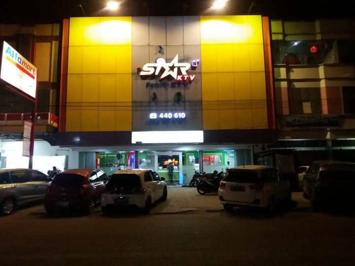 Hiburan Malam Kangkangi Perwako No 21 Tahun 2013 |